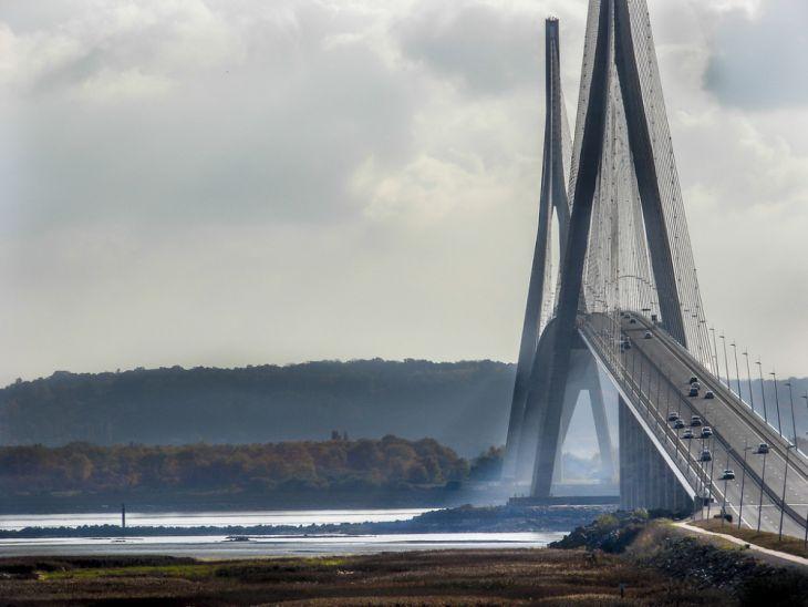 Puente de Normandía (Francia)