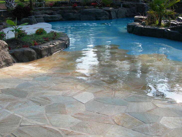 22 piscina sin escaleras 33 ideas incre bles que har n tu casa maravillosa page 22 - Suelos para alrededor de piscinas ...
